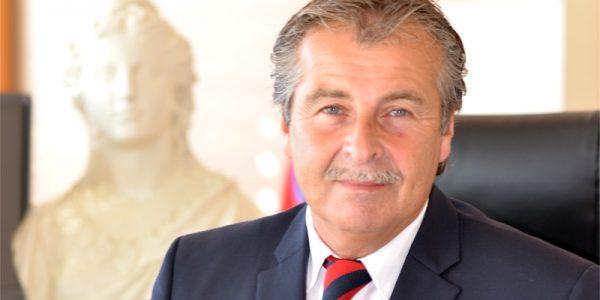 Posez toutes vos questions au maire de Cavalaire sur Tvazur.com